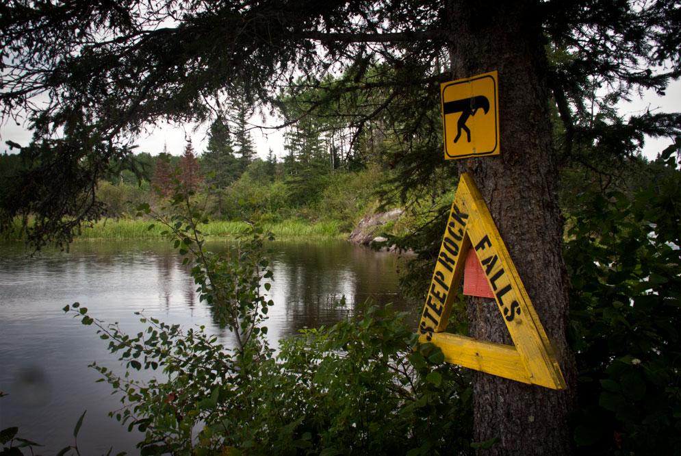 canoeing the Manigotagan river Manitoba (10)