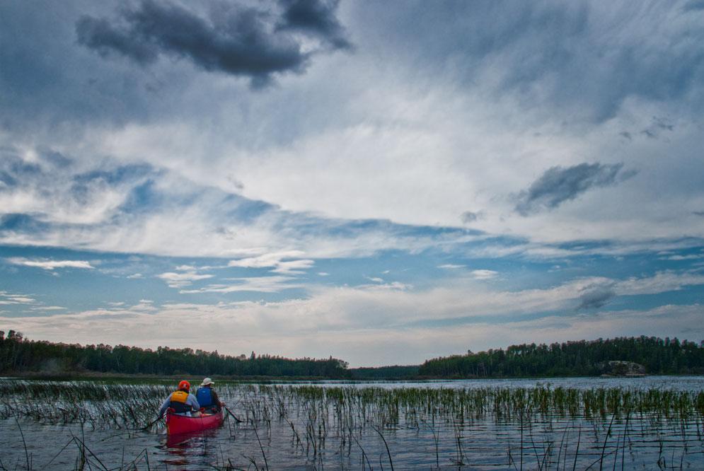 canoeing the Manigotagan river Manitoba (3)