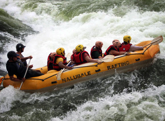 Picture-Credit-Nalubale-Rafting-01