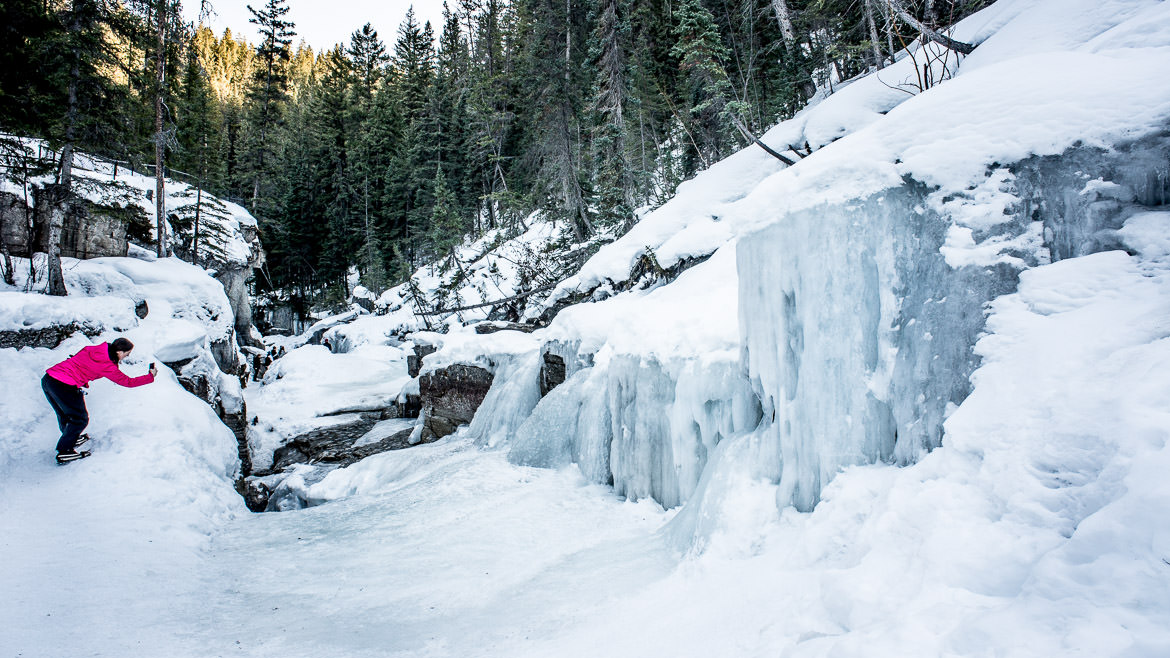 maligne-canyon-ice-walk-05