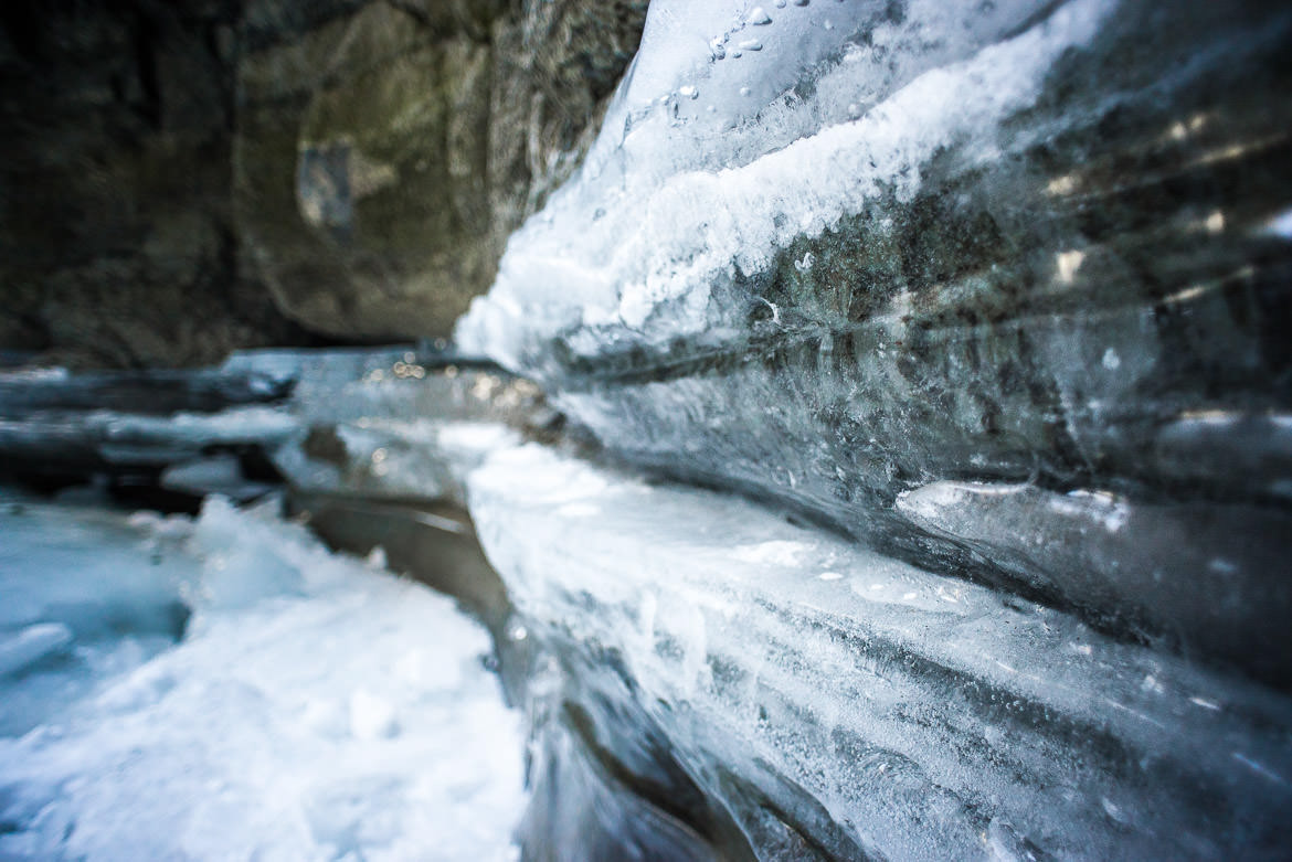 maligne-canyon-ice-walk-06
