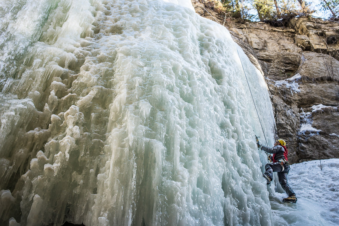maligne-canyon-ice-walk-11