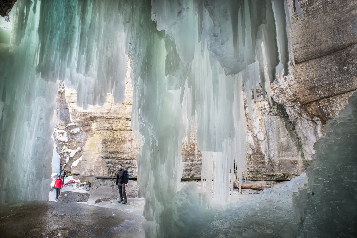 maligne-canyon-ice-walk-18