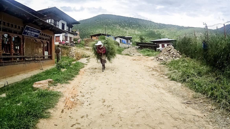 bhutan-people-13