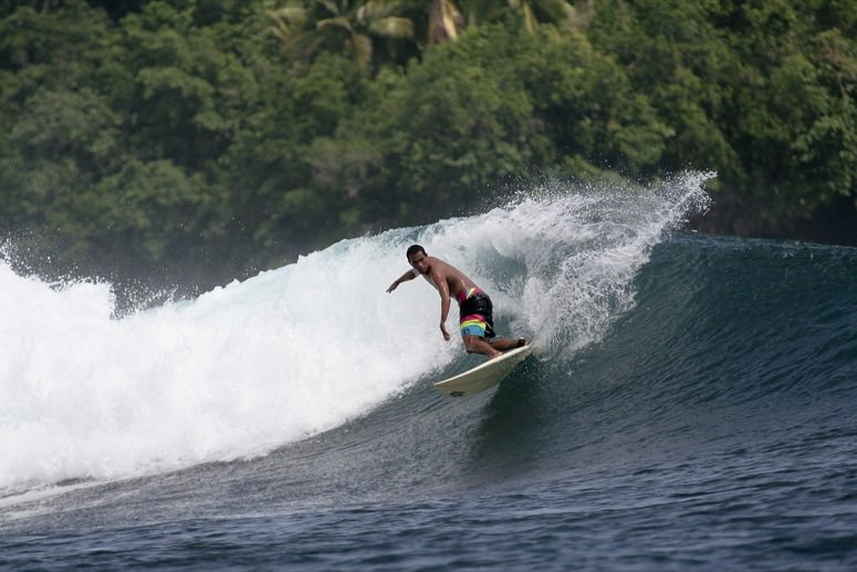 Siargao surf Philippines