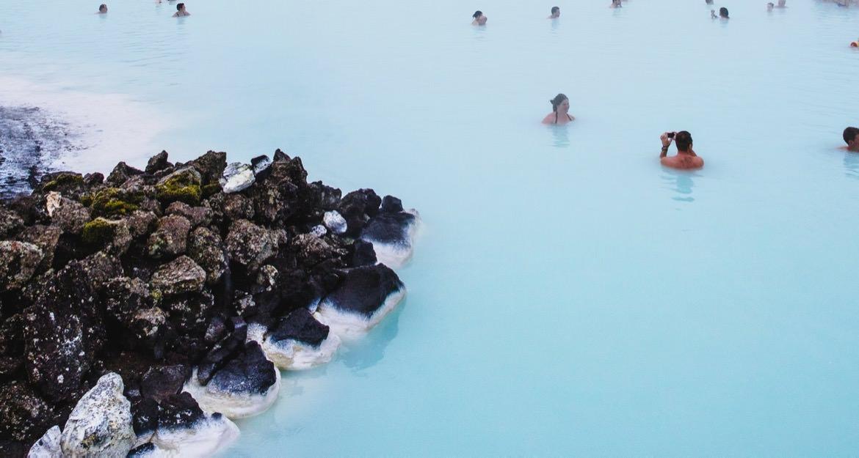 24_iceland_hot_springs