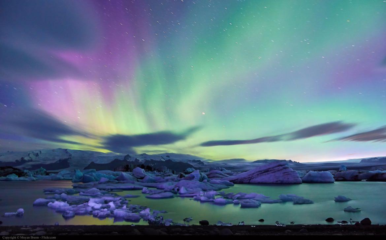 28_iceland_icebergs_northernlights