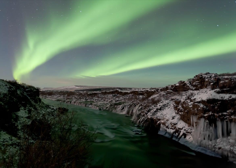 2_iceland_northern_lights