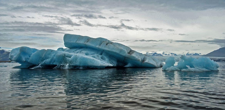 6_iceland_icebergs