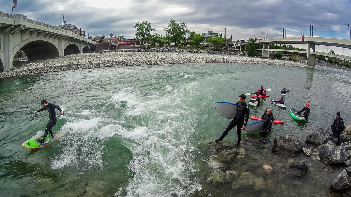 River Surfing Calgary Kananaskis 10th Street Bridge